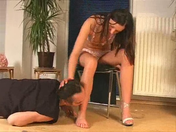 Female domination pee