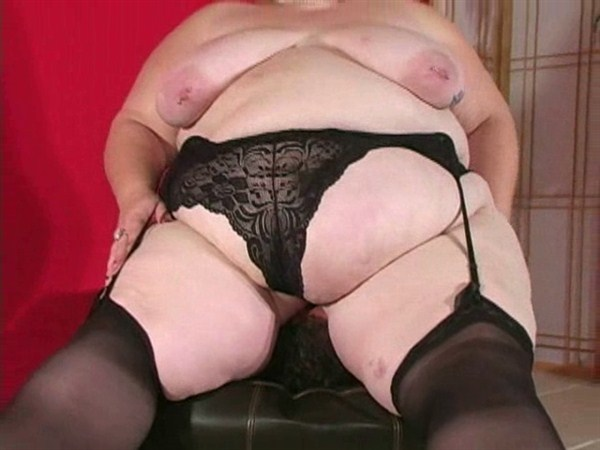 BBW FACESITTING - Thick, Sweaty Females sit on Face, Smother, Female Domination, FemDom, Licking Puss