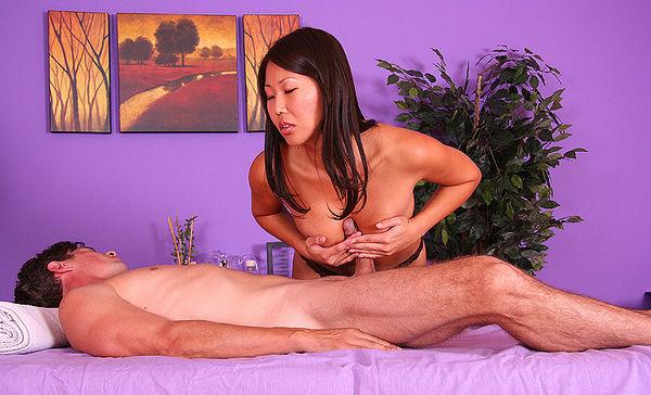 Фото китайский порно массаж