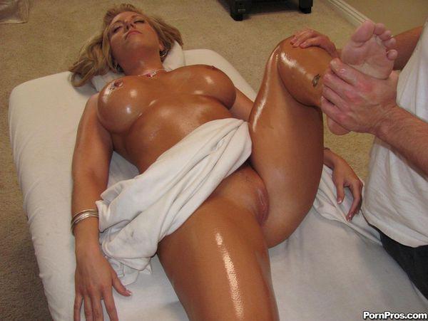 busty massage adult services online Queensland