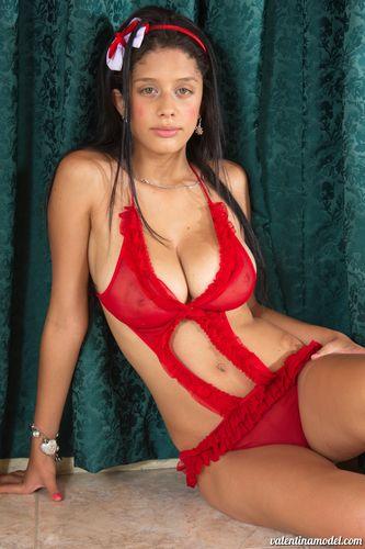 Valentina Model - ValentinaModel