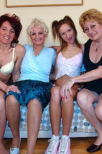 Femjoy nude women leather