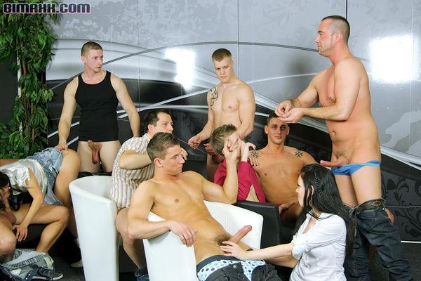 фото студенты бисексуалы