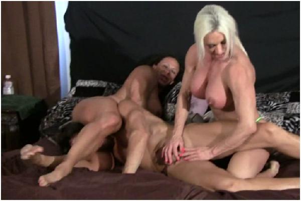 порно борьба мужчин победитель ебет побежденного