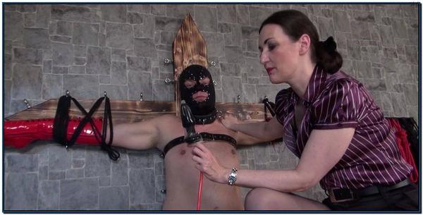 Mistress Susi Bitch Training Female Domination