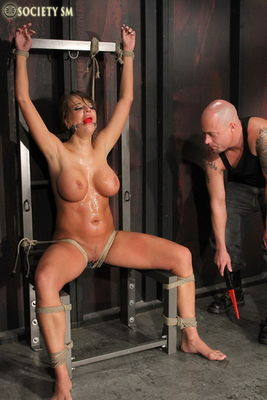 Nika noire bdsm the moans