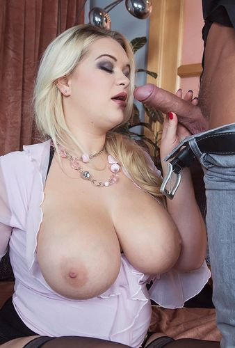Katrin – Busty Blonde Likes To Be Watched – 07/29/16 – HD 720p